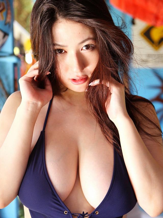 Nonami Takizawa, gravure idol, el blog del erotismo